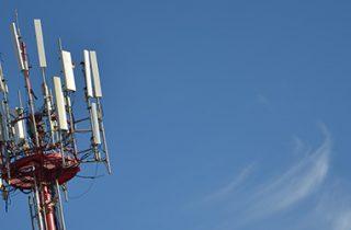 SUBTEL destaca fallo de la corte suprema por espectro de 700 MHz y reitera el llamado al uso eficiente de este bien nacional de uso público